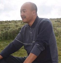 Ost Nachrichten & Osten News | Foto: Shogdung - prominenter tibetischer Schriftsteller und Intellektueller.