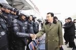 Ost Nachrichten & Osten News | Foto: Zhang Qingli inspiziert paramilitärische Milizen im März 2009, Archivbild TCHRD.