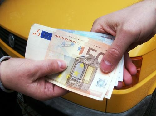 Auto News | Pfandfinanz Holding AG