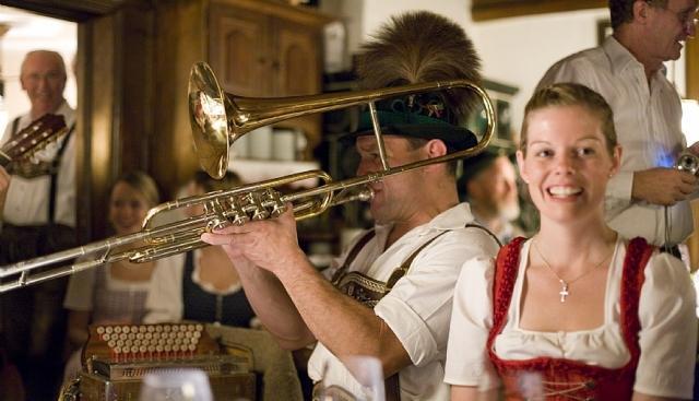 Restaurant Infos & Restaurant News @ Restaurant-Info-123.de | 5-Sterne Bio-Hotel Stanglwirt