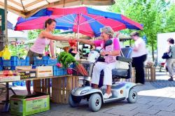SeniorInnen News & Infos @ Senioren-Page.de | Foto: Senioren-Elektromobile verleihen Unabhängigkeit.