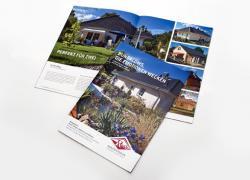 Fertighaus, Plusenergiehaus @ Hausbau-Seite.de | Foto: Der neue Prospekt stellt zahlreiche Entwürfe vor und bietet wertvolle Informationen zum Thema Wohnen auf einer Ebene.