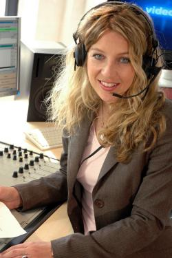 Ost Nachrichten & Osten News | Ost Nachrichten / Osten News - Foto: >> Die Stimme des Nordens <<: Katinka Jaekel, Sprecherin und Moderatorin..