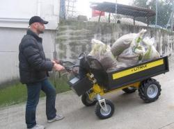 Landwirtschaft News & Agrarwirtschaft News @ Agrar-Center.de | Foto: D TRAK 300L - mit 300kg über eine Steigung - kein Problem!