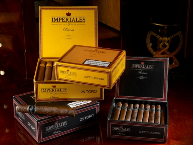Chat News & Chat Infos @ Chats-Central.de | Arnold André - The Cigar Company