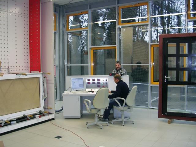 Medien-News.Net - Infos & Tipps rund um Medien | Akotherm GmbH Aluminium-Profilsysteme