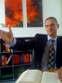 Muslim-Portal.net - News rund um Muslims & Islam   Islam & Muslim Seite - Foto: Fachanwalt für Arbeitsrecht Robert C. Mudter.