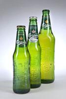 Bier-Homepage.de - Rund um's Thema Bier: Biere, Hopfen, Reinheitsgebot, Brauereien. | Foto: © Carlsberg - Neues Design in drei verschiedenen Größen: eine Mehrweg-Flasche in 250ml für den belgischen Markt sowie zwei recyclebare Flaschen in 330 ml und 660 ml.