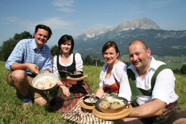Elektroauto Infos & News @ ElektroMobil-Infos.de. TVB Kitzbüheler Alpen St. Johann in Tirol