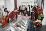 Ost Nachrichten & Osten News | Foto: Musiker-Reisegruppe im Framus Museum Markneukirchen.