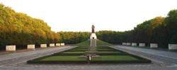 Ost Nachrichten & Osten News | Ost Nachrichten / Osten News - Foto: Treptower Park.