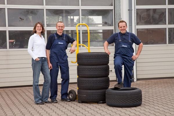 Elektroauto Infos & News @ ElektroMobil-Infos.de. Leinberger Digital- und Printmedien GbR