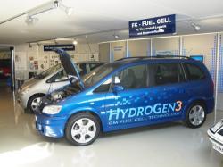Alternative & Erneuerbare Energien News: Foto: Im Museum AUTOVISION kann man nun auch das Innenleben des Brennstoffzellenfahrzeuges sehen.