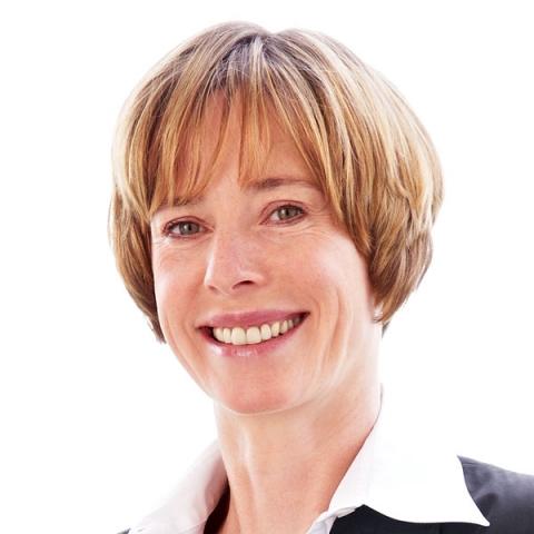 Niedersachsen-Infos.de - Niedersachsen Infos & Niedersachsen Tipps | Gabriele Steg von edicos freut sich über die Auszeichnung