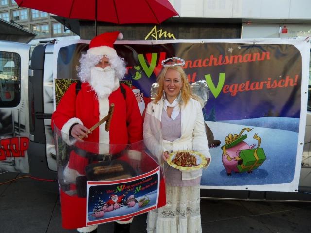 Berlin-News.NET - Berlin Infos & Berlin Tipps | Kampagnenstart: Der Weihnachtsmann isst vegetarisch