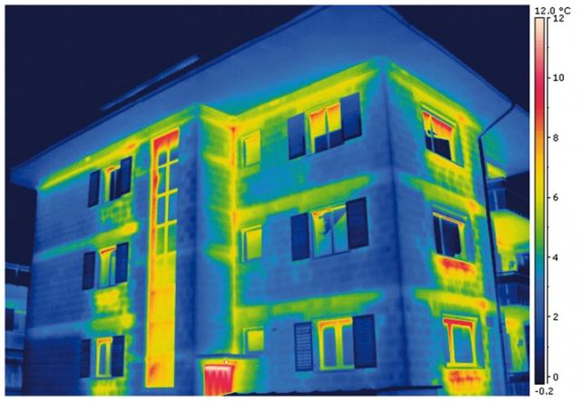 Tarif Infos & Tarif Tipps & Tarif News | Thermografie-Untersuchung von BIGGE ENERGIE: Auf dem Wärmebild zeigen blaue Farben eine gute, gelbe oder rote eine schlechte Dämmung an.