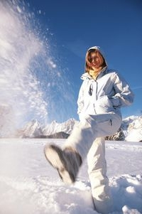 kostenlos-247.de - Infos & Tipps rund um Kostenloses | Alpenwandern: Immer mehr Winterurlauber suchen die Erholung abseits des Pistenrummels in Österreich - für viele heißt das Motto deshalb