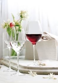 Hotel Infos & Hotel News @ Hotel-Info-24/7.de | Gastronomie-Kaufhaus.de mit Gläsern von Stoelzle Lausitz