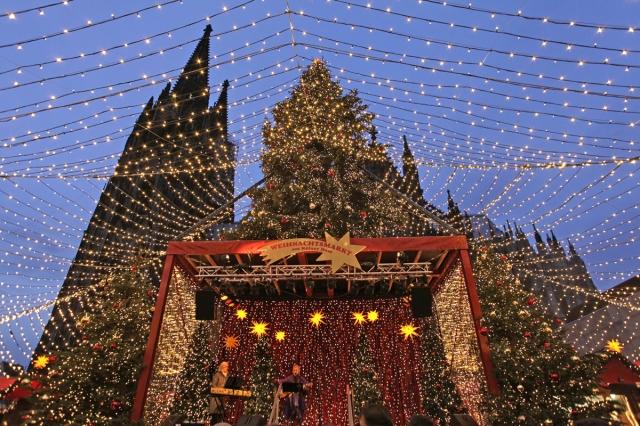 Nordrhein-Westfalen-Info.Net - Nordrhein-Westfalen Infos & Nordrhein-Westfalen Tipps | Weihnachtsmarkt am Kölner Dom
