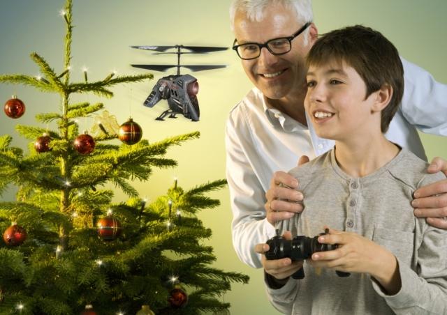 Grossbritannien-News.Info - Großbritannien Infos & Großbritannien Tipps | Der Hubschrauber Hawk Eye von Air Hogs ist das perfekte Weihnachtsgeschenk für kleine und große Jungs