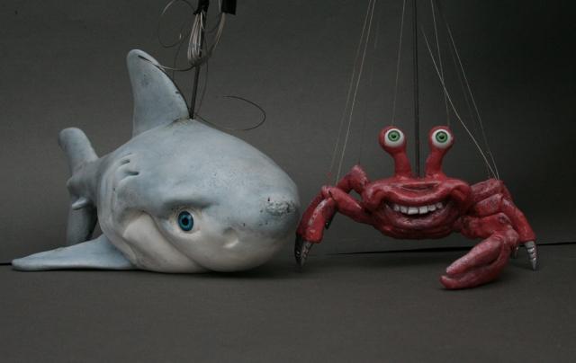 Europa-247.de - Europa Infos & Europa Tipps | Zwei der Marionettenfiguren des weltweit ersten Unterwasser-Theaters