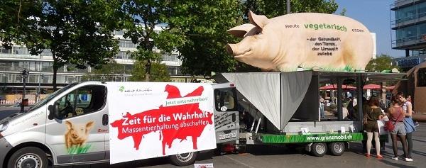 Berlin-News.NET - Berlin Infos & Berlin Tipps | GrunzMobil-Deutschlandtour: Besuch in Templin