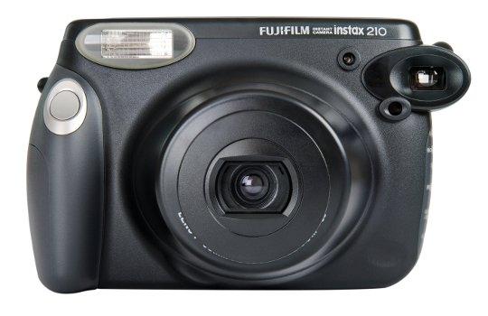 App News @ App-News.Info | Eine Instax 210 Sofortbildkamera von Fujufilm