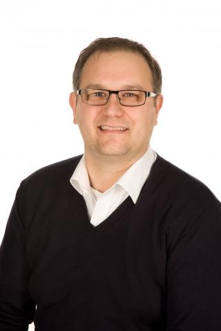 Italien-News.net - Italien Infos & Italien Tipps | Dipl. Bw. Massimo Verza MBA, Geschäftsführer Vertrieb & Marketing der Acclivis GmbH