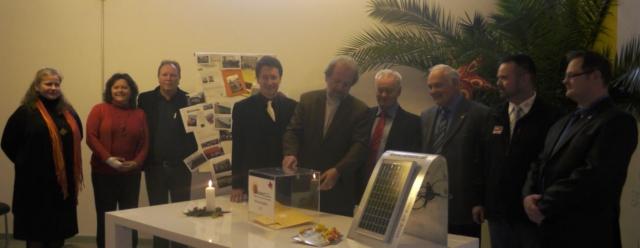Alternative & Erneuerbare Energien News: Freude bei allen Beteiligten fand die iKratos Weihnachtsaktion 2011
