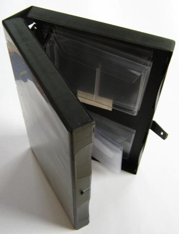 Ostern-247.de - Infos & Tipps rund um Geschenke | Architops USB Stick Aufbewahrungsbox von Kronenberg24