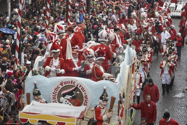 Bayern-24/7.de - Bayern Infos & Bayern Tipps | Kölner Karnevalsumzug