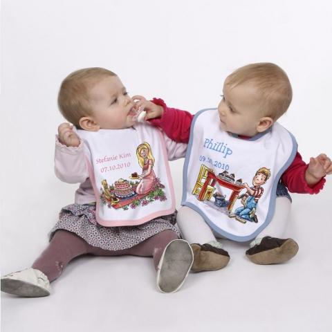 Babies & Kids @ Baby-Portal-123.de | Brandneu: niedlich gestaltete und personalisierbare Babylätzchen.