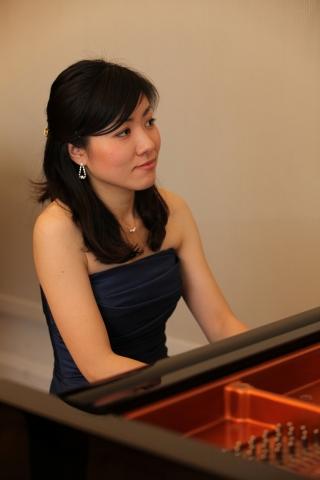 Auto News | 2012 startet das Stift Klosterneuburg eine neue Konzertreihe mit jungen talentierten Künstlern. Den Anfang macht am Donnerstag, den 2.2.2012 die aus Japan stammende Pianistin Yuumi Yamaguchi.