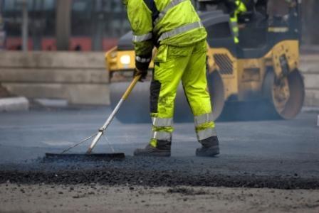 Hamburg-News.NET - Hamburg Infos & Hamburg Tipps | GP870 lässt diesen Straßenarbeiter gut sichtbar und sicher arbeiten