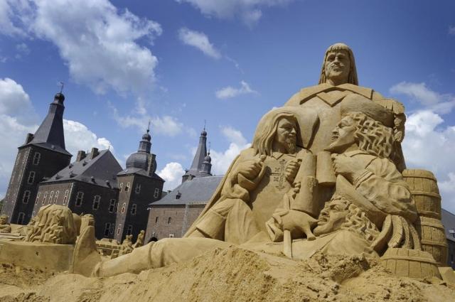 Amerika News & Amerika Infos & Amerika Tipps | Sandskulpturenfestival auf Kasteel Hoensbroek