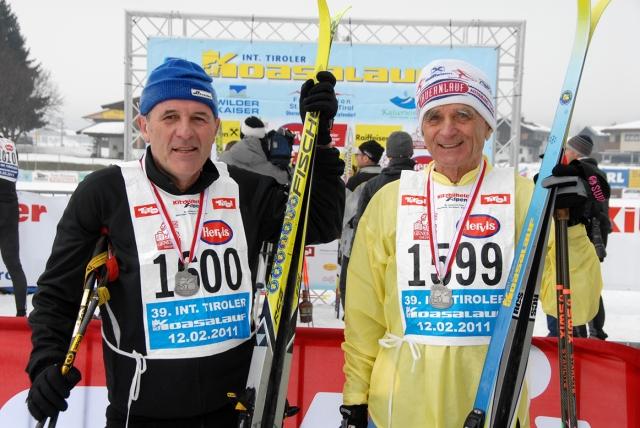 Oesterreicht-News-247.de - Österreich Infos & Österreich Tipps | Franz Steinkogler (62, links) und Hans Richter (70, rechts) sind die Legenden der Loipe - und seit 40 Jahren dabei.