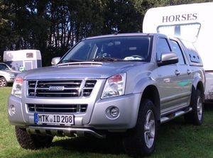 Tier Infos & Tier News @ Tier-News-247.de | Zugfahrzeugtest auf www.mit-Pferden-reisen: Isuzu D-MAX3,0 D Cab Reiter - Der Reiter-Traum