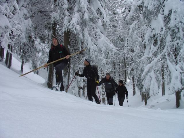Hotel Infos & Hotel News @ Hotel-Info-24/7.de | Schön:  Schneeschuhwanderung im Defereggental, im Nationalpark Hohe Tauern.