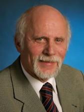 Versicherungen News & Infos | Rechtsanwalt Dr. Gerd Unglenk befasst sich u.a. schwerpunktmäßig mit dem Erbrecht. Die Anwaltskanzlei Dr. Unglenk und Kollegen befindet sich in der Nähe von Heilbronn.