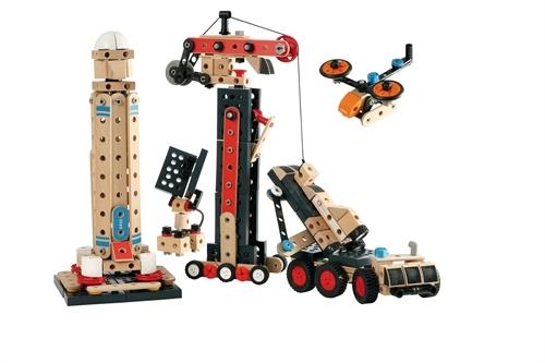 Babies & Kids @ Baby-Portal-123.de | Hiermit werden Kinder zu Baumeistern und Erfindern: Das neue Konstruktionsspielzeug aus Holzelementen von BRIO.