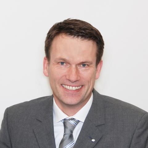 Bayern-24/7.de - Bayern Infos & Bayern Tipps | Neuer Bereichsleiter Kundendienst: Henning Jauns