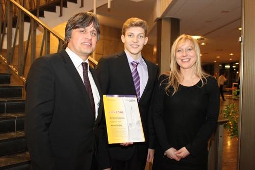 Sport-News-123.de | Kevin Großer mit Mario und Uta Felsch, Geschäftsführung der lento GmbH & Co.KG