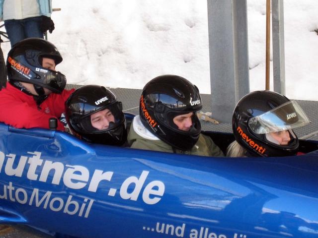 Auto News | Im 4er Bob mit Susi Erdmann