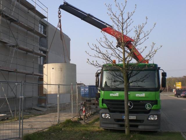 Alternative & Erneuerbare Energien News: Duschen ohne schlechtes Gewissen: Rund 6.000 Liter Grauwasser aus den Duschen der Studentenwohnungen werden in Brandenburg aufbereitet und wieder verwendet. (Mall GmbH)