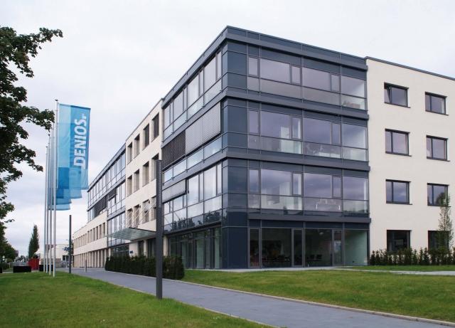 Auto News | Das Verwaltungsgebäude der DENIOS AG in Bad Oeynhausen