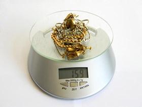 Gold-News-247.de - Gold Infos & Gold Tipps | Goldschmuck auf Digitalwaage