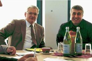 Niedersachsen-Infos.de - Niedersachsen Infos & Niedersachsen Tipps | Hubert Hüppe zu Besuch im Pflegezentrum Cakir â'¸WA