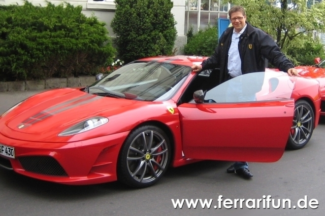 Versicherungen News & Infos | Ferrari selber fahren