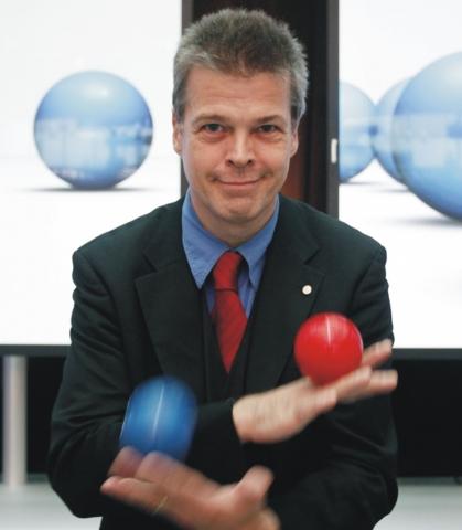 Stephan Ehlers und sein Jonglage-Trainerteam begleiten erfolgreich IT-Trainings