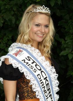 Landleben-Infos.de | Foto: Miss Dirndl 2009 - Juliane Albrecht.